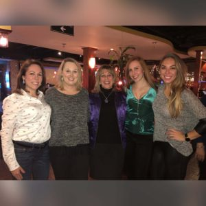 Kelly and her sisters and her step mom